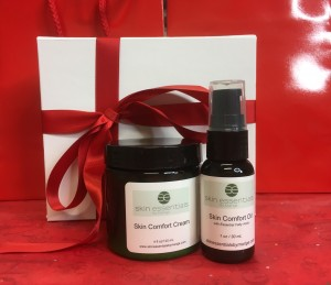 Deluxe box containing Skin Comfort Cream and Skin Comfort Oil